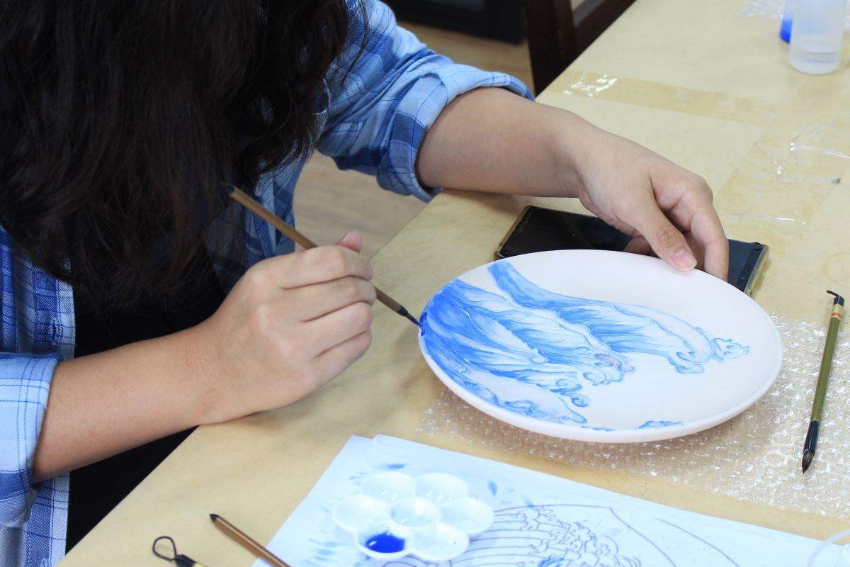玨冊陶瓷坊許珊珊-非專業背景卻努力堅持的藝術之路